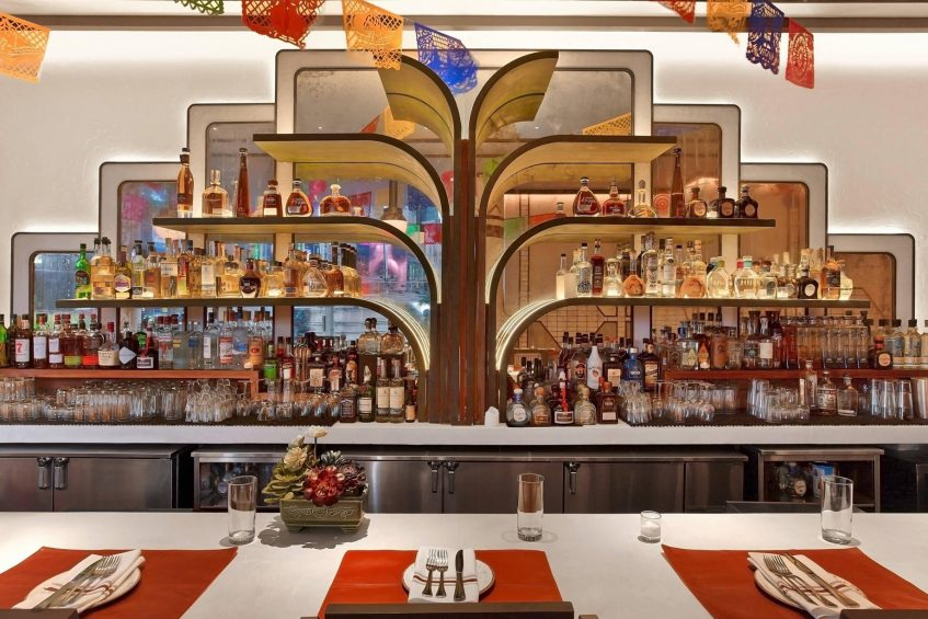 W New York Times Square Luxury Hotel - New York, NY, USA - Dos Caminos Times Square Bar