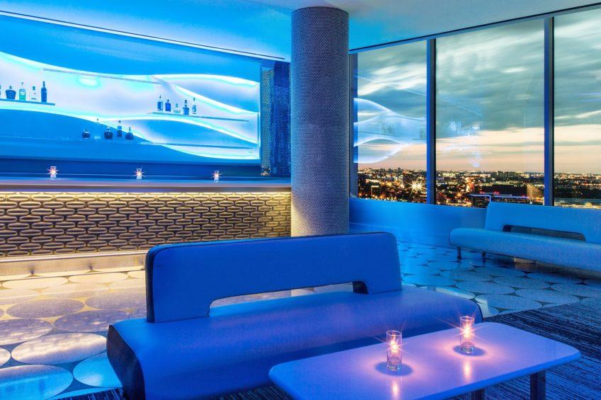W Dallas Victory Luxury Hotel - Dallas, TX, USA - Altitude VIP Bar