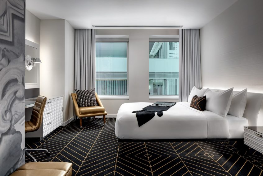 W Montreal Luxury Hotel - Montreal, Quebec, Canada - Guest Room