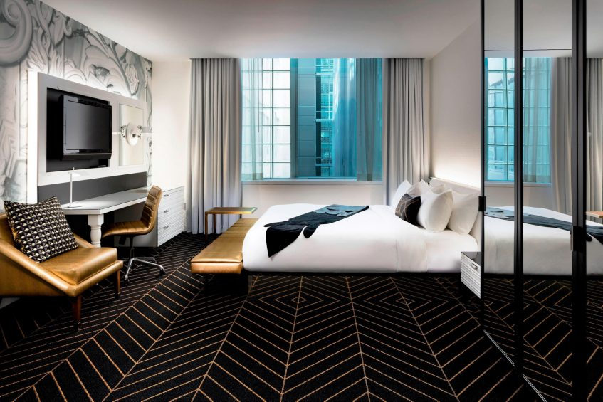 W Montreal Luxury Hotel - Montreal, Quebec, Canada - Mega Guest Room King