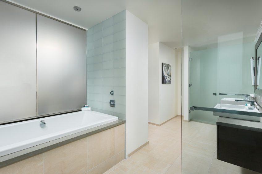 W Scottsdale Luxury Hotel - Scottsdale, AZ, USA - Extreme Wow Suite Bathroom
