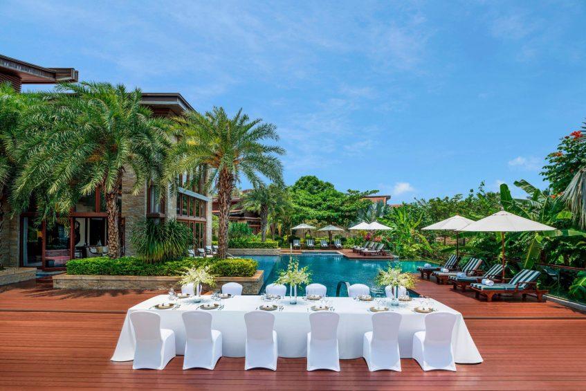 The St. Regis Sanya Yalong Bay Luxury Resort - Hainan, China - Presidential Villa Outdoor Dinner