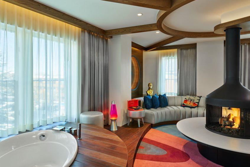 W Aspen Luxury Hotel - Aspen, CO, USA - Extreme Wow Suite Living Room Decor