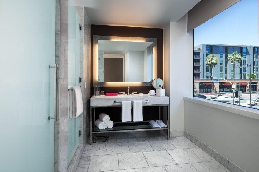 W Hollywood Luxury Hotel - Hollywood, CA, USA - Hollywood Wow Suite Bathroom