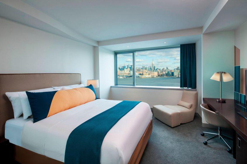 W Hoboken Luxury Hotel - Hoboken, NJ, USA - Fantastic Suite Bedroom