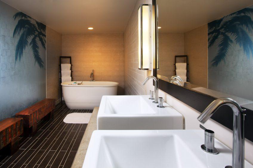 W Los Angeles West Beverly Hills Luxury Hotel - Los Angeles, CA, USA - Mega Bathroom