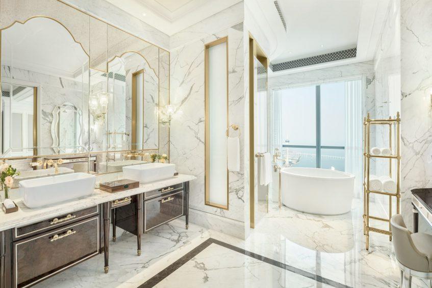 The St. Regis Zhuhai Luxury Hotel - Zhuhai, Guangdong, China - St. Regis Suite bathroom Tub and Shower
