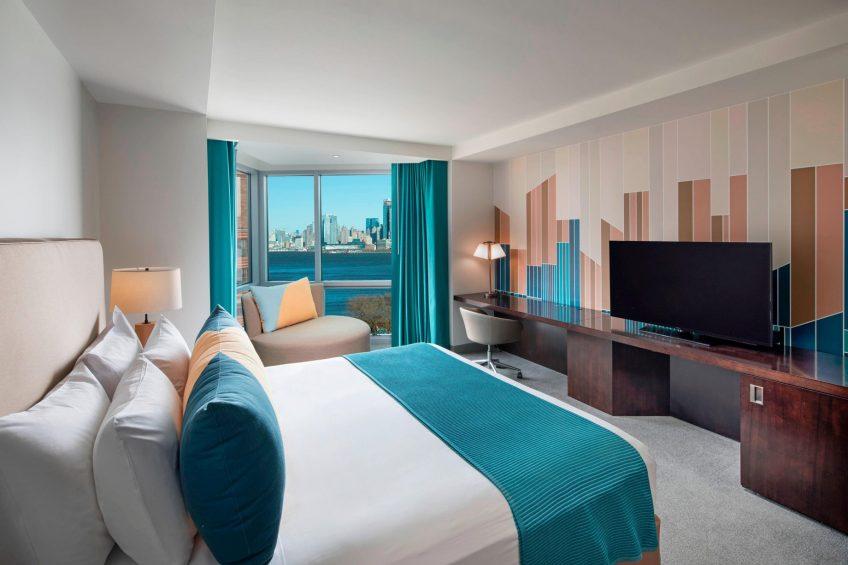 W Hoboken Luxury Hotel - Hoboken, NJ, USA - Spectacular King Guest Room