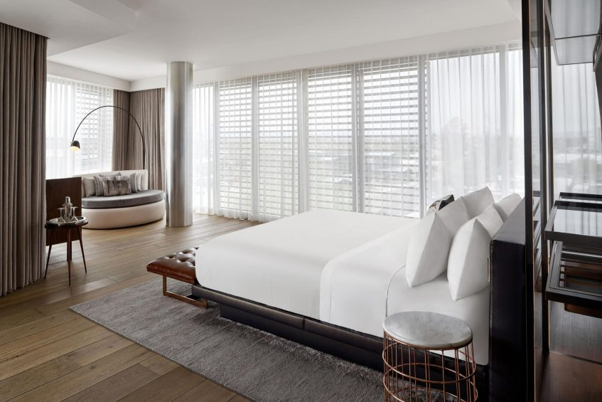 W Scottsdale Luxury Hotel - Scottsdale, AZ, USA - Cool Corner Suite