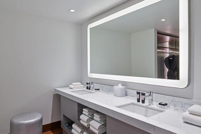 W Aspen Luxury Hotel - Aspen, CO, USA - Extreme Wow Suite Guest Bathroom