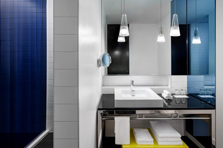 W Montreal Luxury Hotel - Montreal, Quebec, Canada - Cozy Guest Bathroom