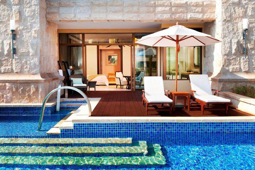 The St. Regis Sanya Yalong Bay Luxury Resort - Hainan, China - Lagoon Room Outdoor Pool