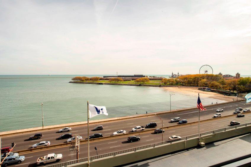 W Chicago Lakeshore Luxury Hotel - Chicago, IL, USA - Navy Pier