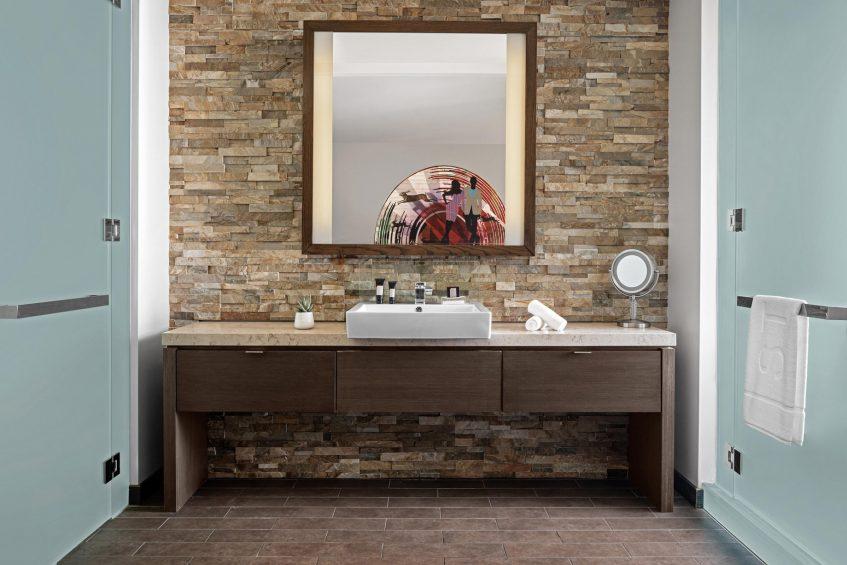 W Scottsdale Luxury Hotel - Scottsdale, AZ, USA - Fabulous Guest Bathroom