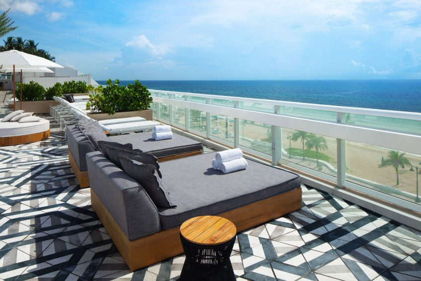 W Fort Lauderdale Luxury Hotel - Fort Lauderdale, FL, USA - Grey Beds