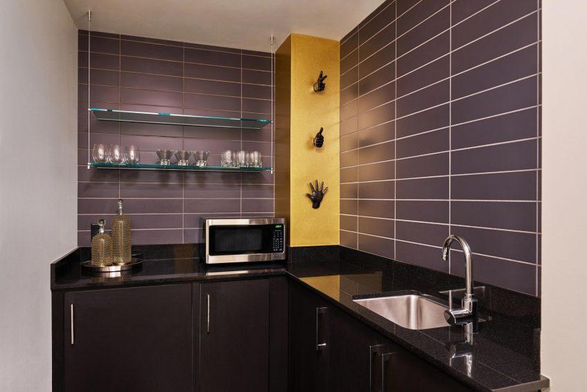 W Minneapolis The Foshay Luxury Hotel - Minneapolis, MN, USA - Extreme Wow Suite Butler's Kitchen