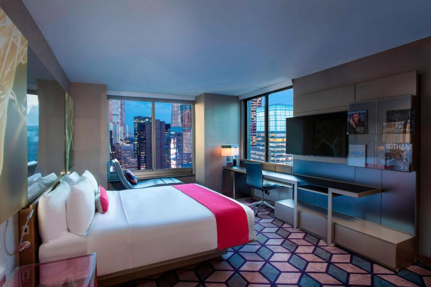 W New York Times Square Luxury Hotel - New York, NY, USA - Cool Corner Times Square View Guest Room