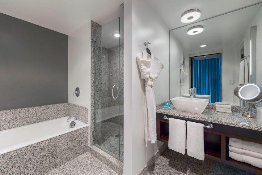W Boston Luxury Hotel - Boston, MA, USA - Cool Corner Guest Room Bathroom