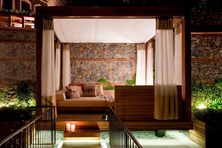 W Istanbul Luxury Hotel - Istanbul, Turkey - Marvelous Room Cabana Night