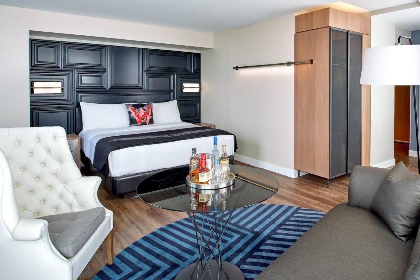 W Boston Luxury Hotel - Boston, MA, USA - Cool Corner Guest Room Interior