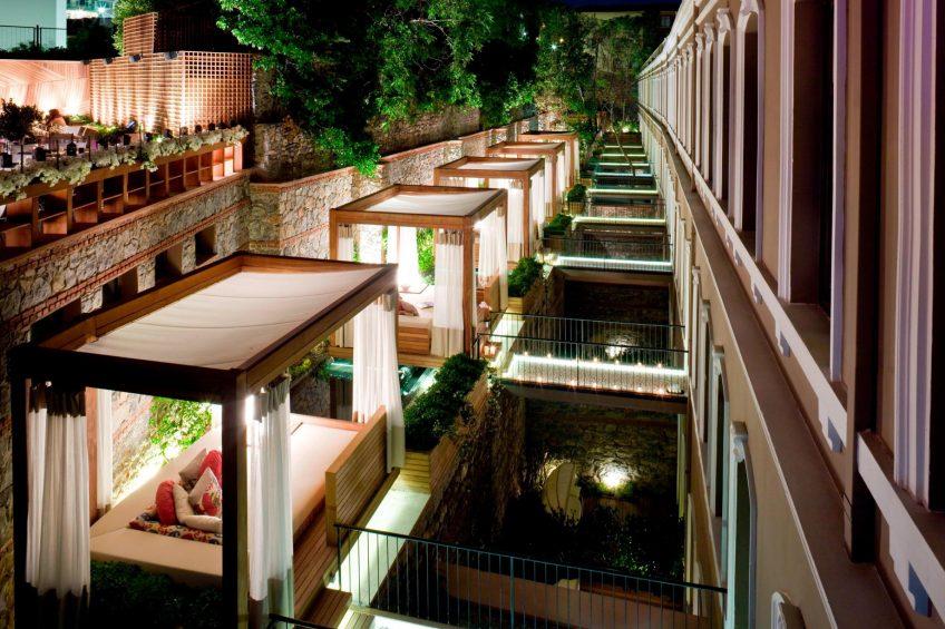 W Istanbul Luxury Hotel - Istanbul, Turkey - Marvelous Room Cabanas Night