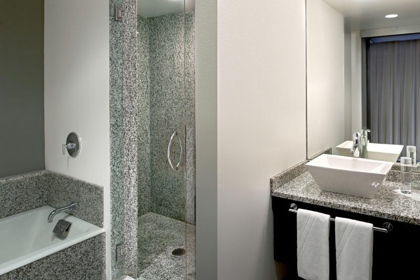 W Boston Luxury Hotel - Boston, MA, USA - Cool Corner Guest Bathroom