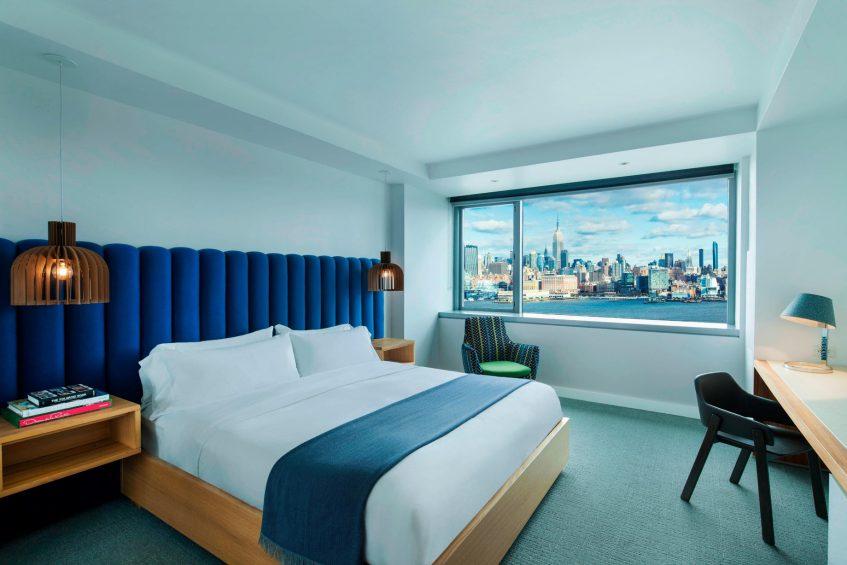 W Hoboken Luxury Hotel - Hoboken, NJ, USA - WOW Suite Bedroom