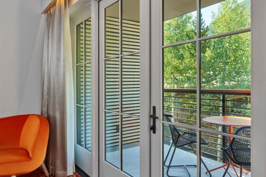 W Aspen Luxury Hotel - Aspen, CO, USA - Fabulous King Balcony View Guest Room