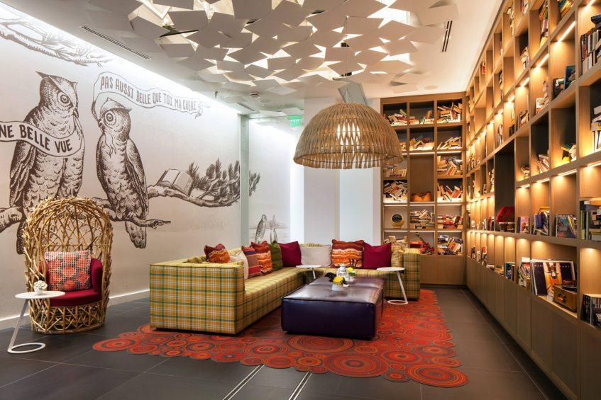 W Bellevue Luxury Hotel - Bellevue, WA, USA - The Library