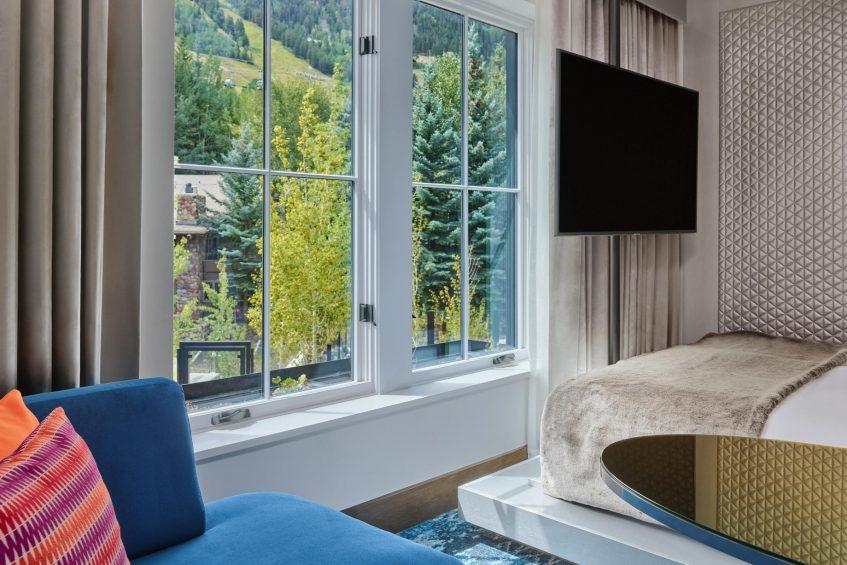 W Aspen Luxury Hotel - Aspen, CO, USA - Fabulous Tiered Queen