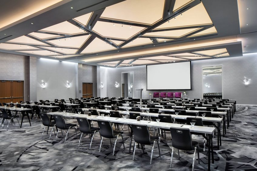 W Bellevue Luxury Hotel - Bellevue, WA, USA - Great Room Meeting Classroom Setup