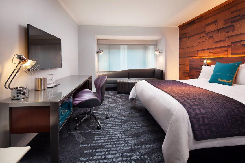 W Seattle Luxury Hotel - Seattle, WA, USA - Cozy Guest Room King