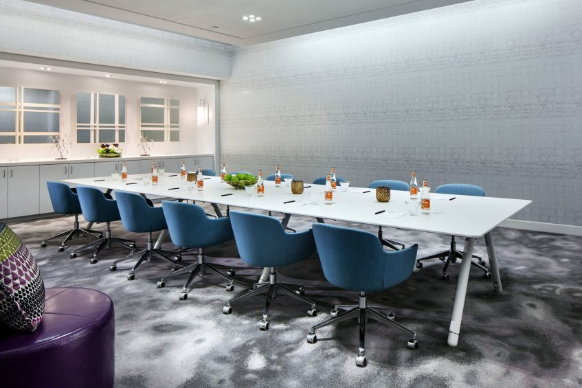 W Bellevue Luxury Hotel - Bellevue, WA, USA - Strategy Meeting Room