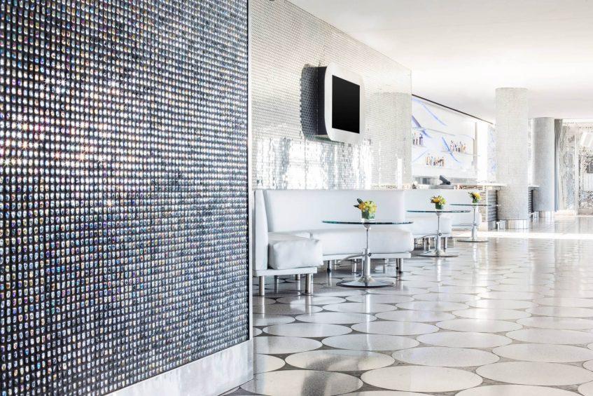W Dallas Victory Luxury Hotel - Dallas, TX, USA - Altitude