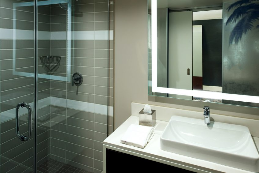 W Los Angeles West Beverly Hills Luxury Hotel - Los Angeles, CA, USA - Suite Bathroom