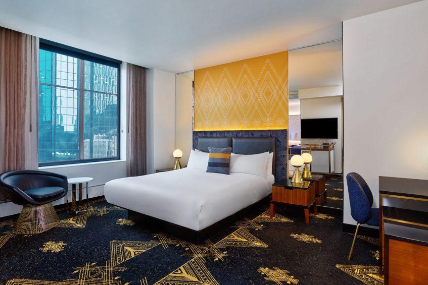 W Minneapolis The Foshay Luxury Hotel - Minneapolis, MN, USA - Spectacular Guest Room
