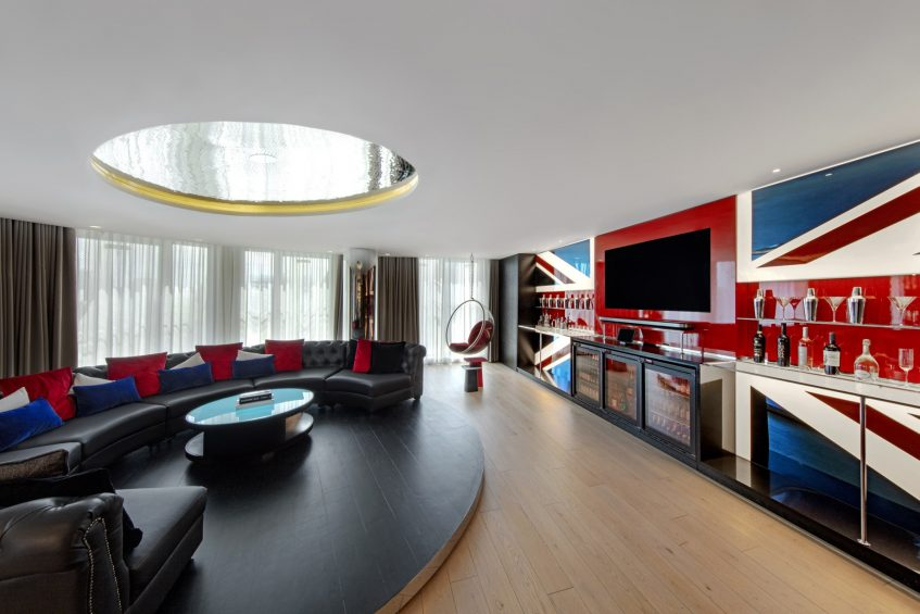 W London Luxury Hotel - London, United Kingdom - Extreme WOW Suite Living Area