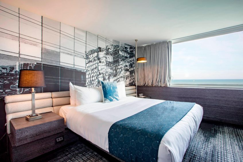 W Chicago Lakeshore Luxury Hotel - Chicago, IL, USA - Spectacular Accessible Guest Room View