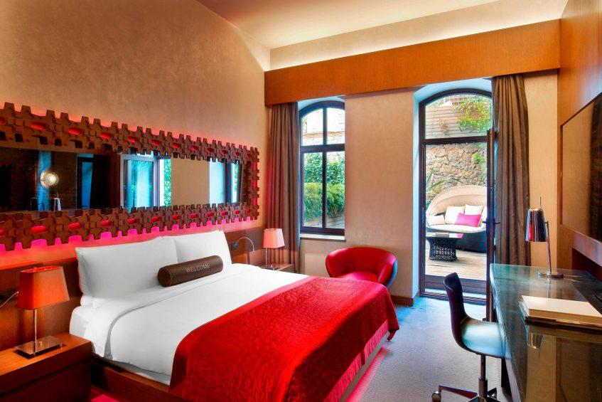 W Istanbul Luxury Hotel - Istanbul, Turkey - Spectacular Bedroom
