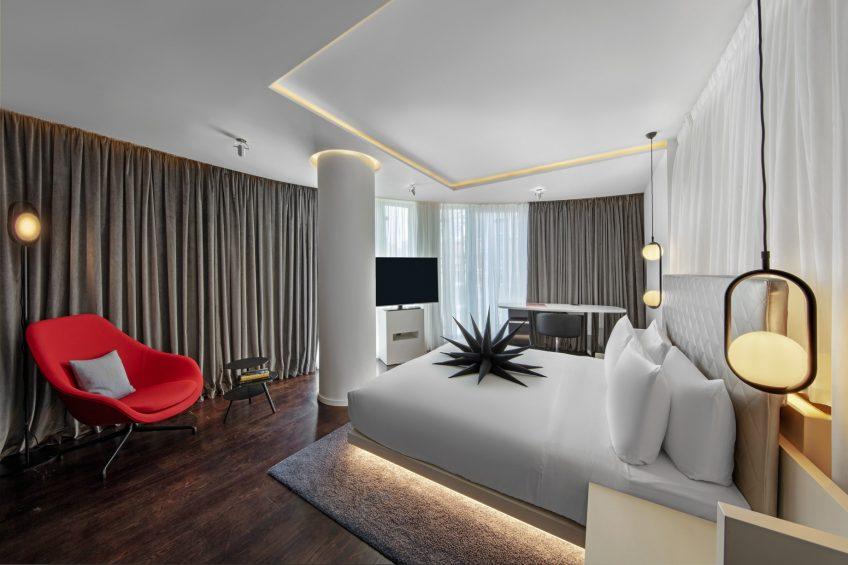 W London Luxury Hotel - London, United Kingdom - Cool Corner Suite