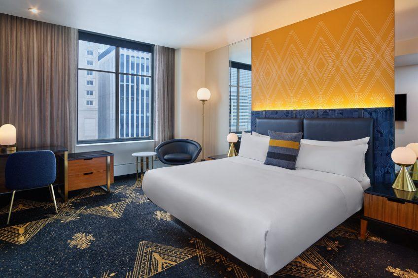 W Minneapolis The Foshay Luxury Hotel - Minneapolis, MN, USA - Wonderful Guest Room Bed