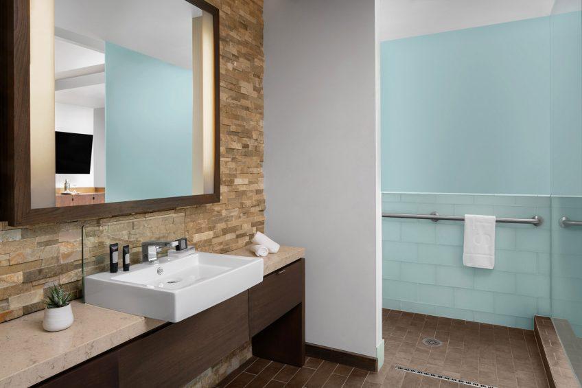 W Scottsdale Luxury Hotel - Scottsdale, AZ, USA - Spa Suite Accessible Bathroom