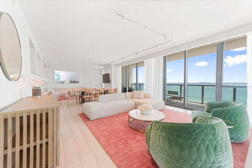 W South Beach Luxury Hotel - Miami Beach, FL, USA - E Wow Oceanfront Suite Living Room