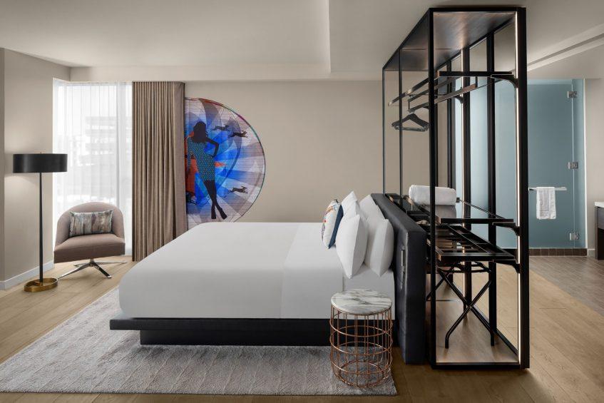 W Scottsdale Luxury Hotel - Scottsdale, AZ, USA - Studio Suite Bed