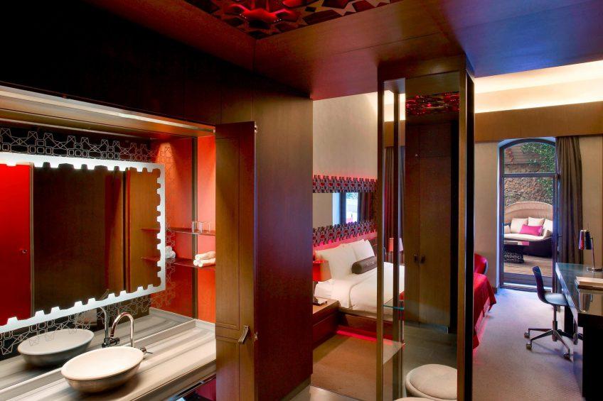W Istanbul Luxury Hotel - Istanbul, Turkey - Spectacular Room