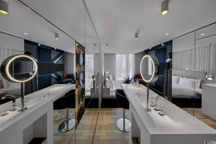 W London Luxury Hotel - London, United Kingdom - Fabulous King Guest Room Vanity