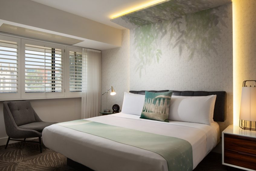 W Los Angeles West Beverly Hills Luxury Hotel - Los Angeles, CA, USA - WOW Suite King Bed