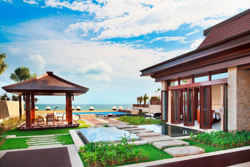The St. Regis Sanya Yalong Bay Luxury Resort - Hainan, China - Royal Seaside Two Bedroom Villa Outdoor Area