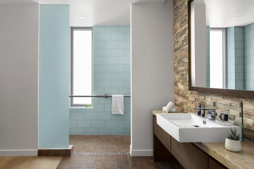 W Scottsdale Luxury Hotel - Scottsdale, AZ, USA - Studio Suite Accessible Bathroom