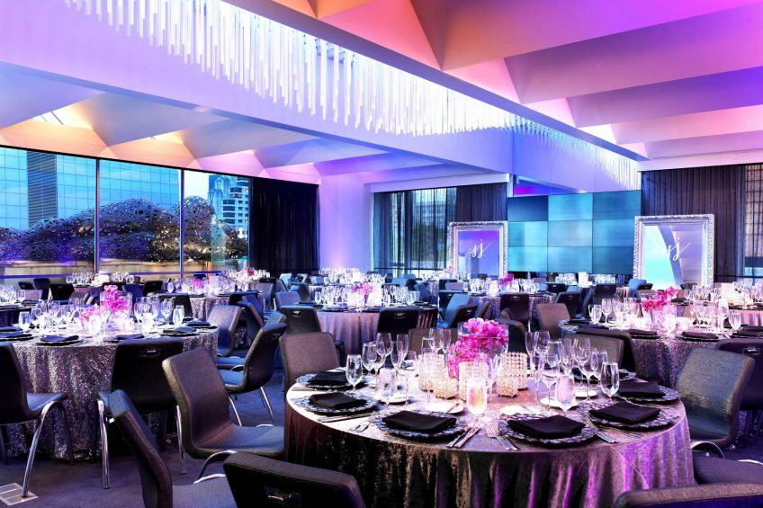 W San Francisco Luxury Hotel - San Francisco, CA, USA - Social Terrace Tables